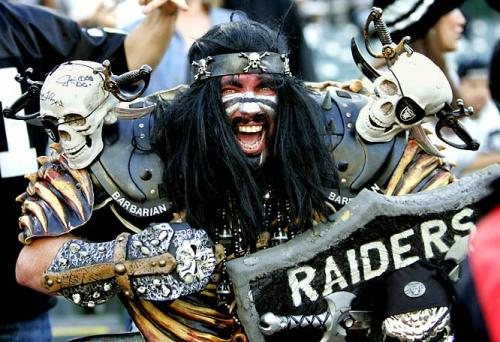 https://moolta.files.wordpress.com/2012/09/raiders-fan-crazy-scary-skulls.jpeg?w=500